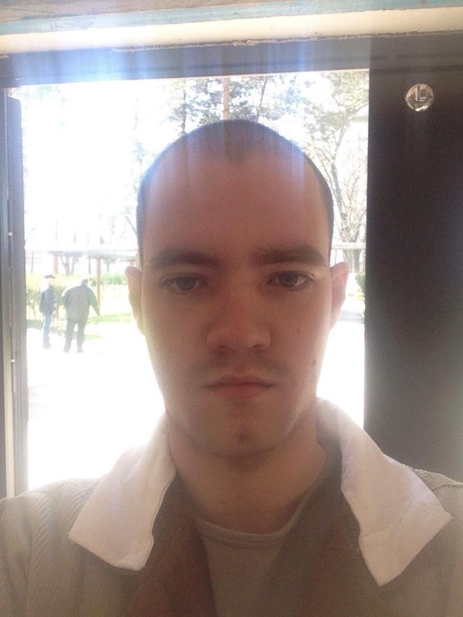 Знакомства Боровичи, фото парня Дмитрий, 25 лет, познакомится для флирта, любви и романтики, cерьезных отношений