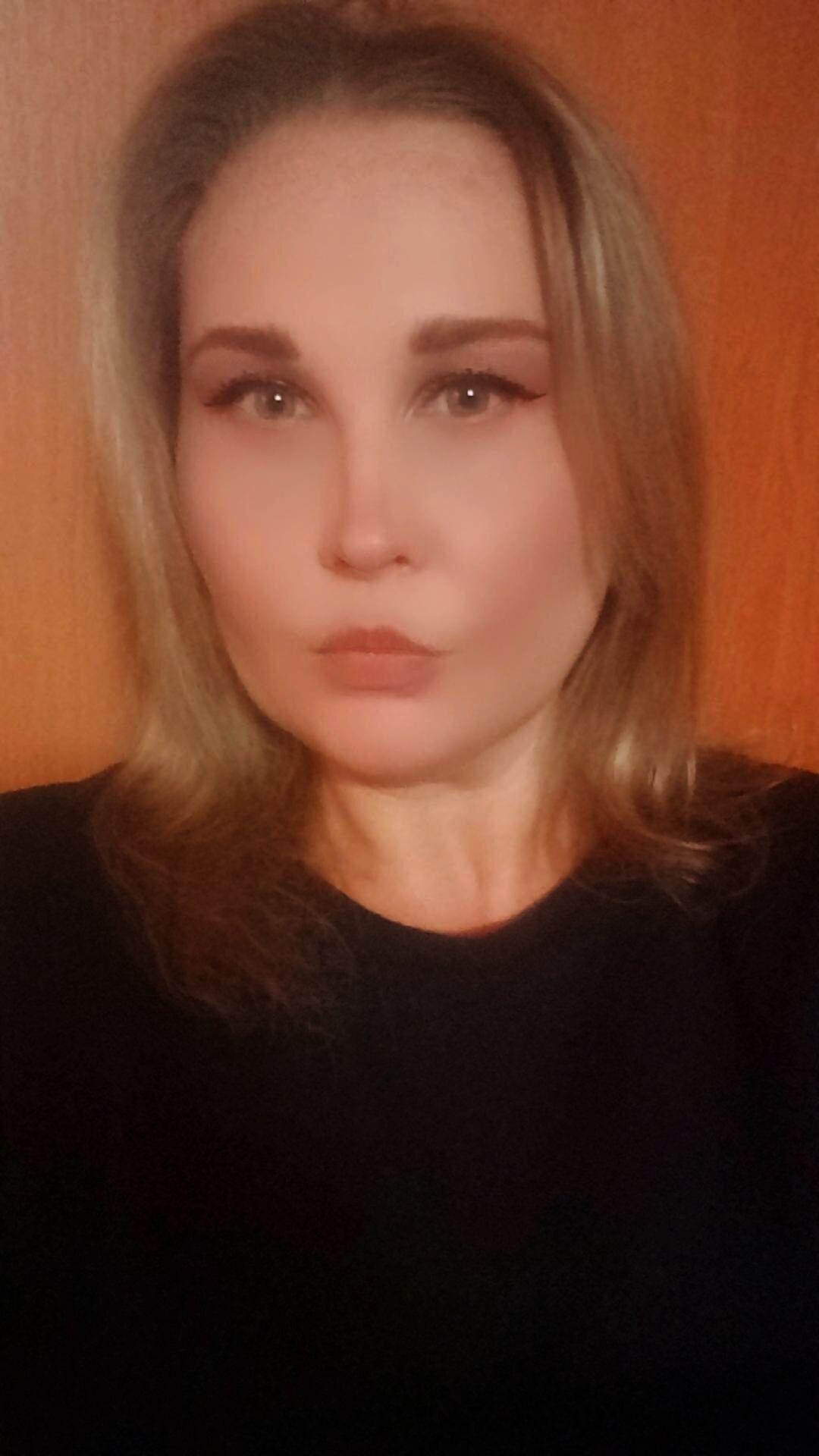 Знакомства Warszawa, фото девушки Алёнка, 38 лет, познакомится для флирта, любви и романтики, cерьезных отношений