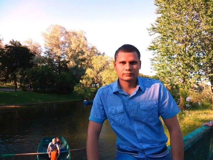 Знакомства Санкт-Петербург, фото мужчины Вячеслав, 30 лет, познакомится для флирта, любви и романтики, cерьезных отношений