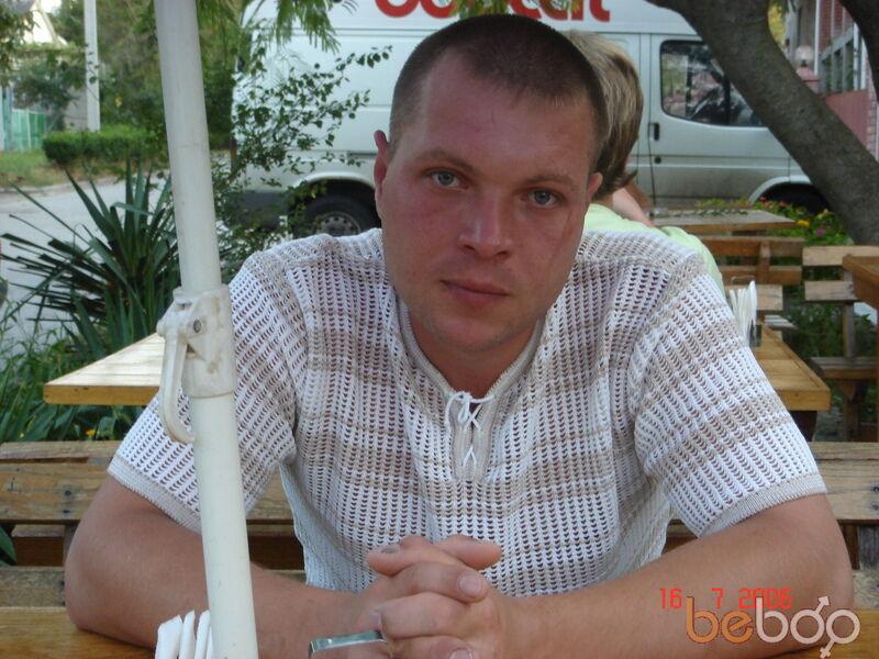 Знакомства Владимир, фото мужчины Шалун, 41 год, познакомится для любви и романтики, cерьезных отношений