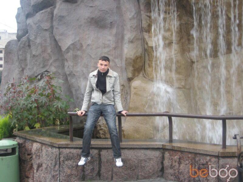 Знакомства Москва, фото мужчины Фарик, 35 лет, познакомится для флирта