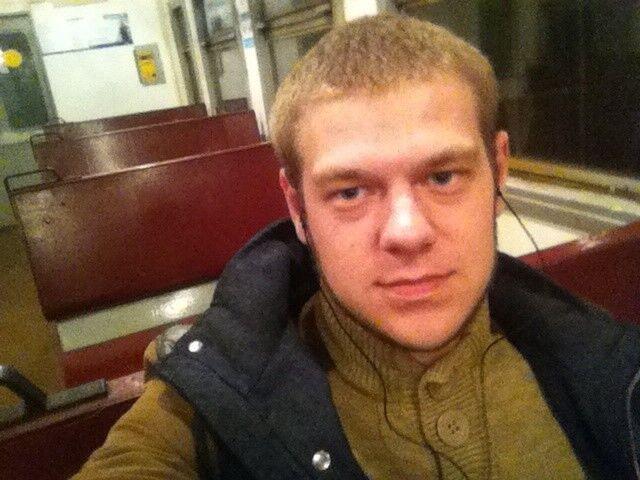 Знакомства Москва, фото парня Алексей, 24 года, познакомится для флирта, любви и романтики, cерьезных отношений