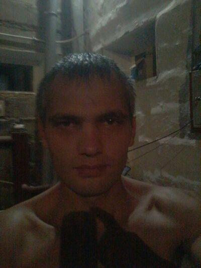 Знакомства Пермь, фото мужчины Славян, 31 год, познакомится для флирта, любви и романтики, cерьезных отношений