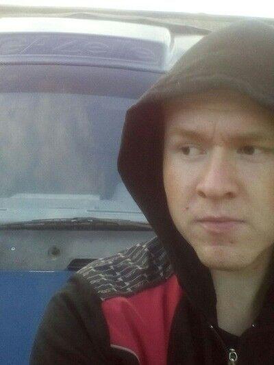 Знакомства Новомосковск, фото парня Евгений, 25 лет, познакомится для флирта, любви и романтики, cерьезных отношений