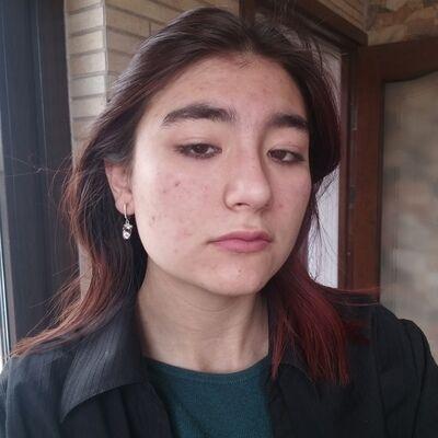 Знакомства Калининград, фото девушки Алиса, 18 лет, познакомится для флирта, любви и романтики