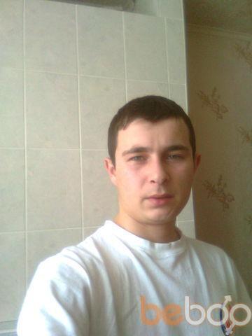 Фото мужчины nicushor, Страшены, Молдова, 28